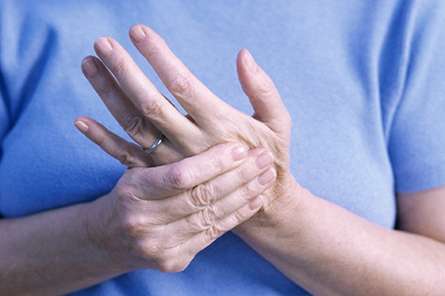 Немение пальцев при сексе