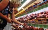 Количество пестицидов на магазинных овощах достигло опасного уровня