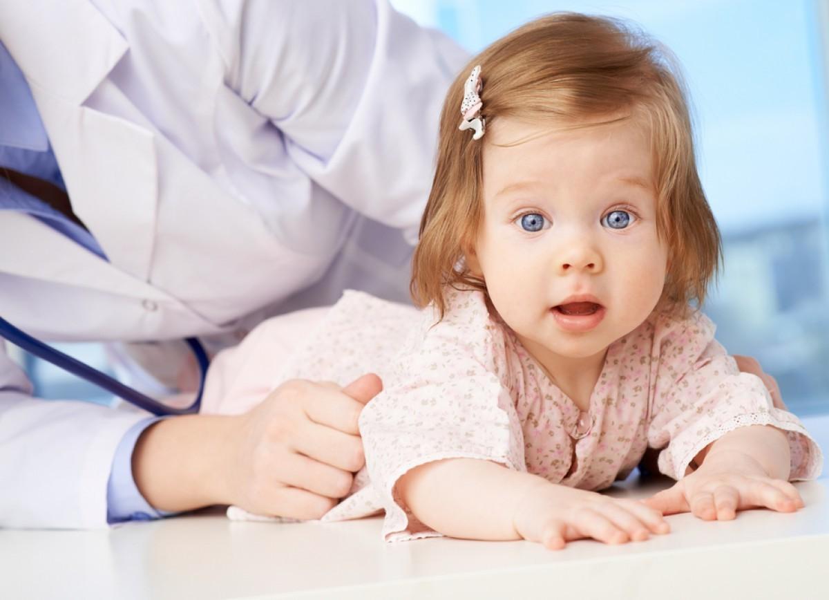 Ребенок 2 года болит живот чего болит при беременности с левого боку под грудью