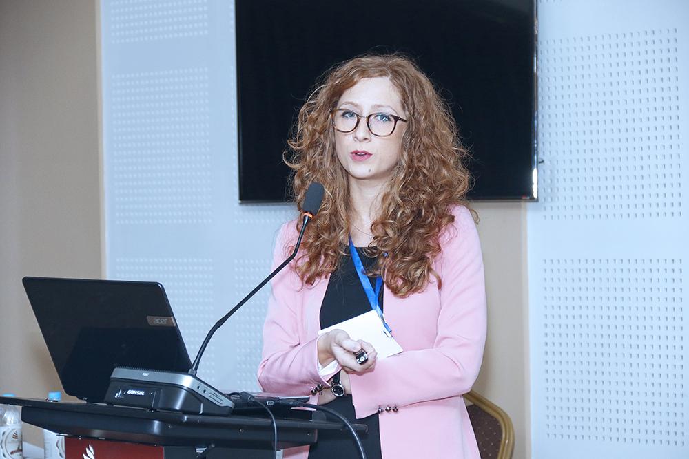 28-ը սեպտեմբերի` օր 3-րդ. ամփոփվեց վիրաբույժների համատեղ` Վիրաբուժության եվրոպական միության  22-րդ տարեկան համաժողովը, Վիրաբույժների հայկական ասոցիացիայի 4-րդ հնգամյա կոնգրեսը